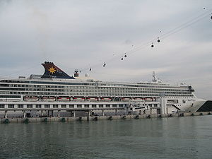 Star Cruises Superstar Virgo.JPG