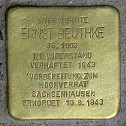 Photo of Ernst (Gustav Philip) Beuthke brass plaque