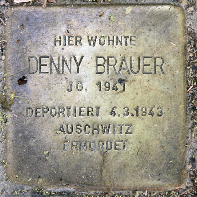 Photo of Denny Brauer brass plaque