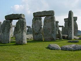 Restos de construcción megalítica adintelada en Stonehenge