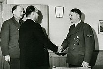 [Image: 209px-Subhas_Chandra_Bose_meeting_Adolf_Hitler.jpg]