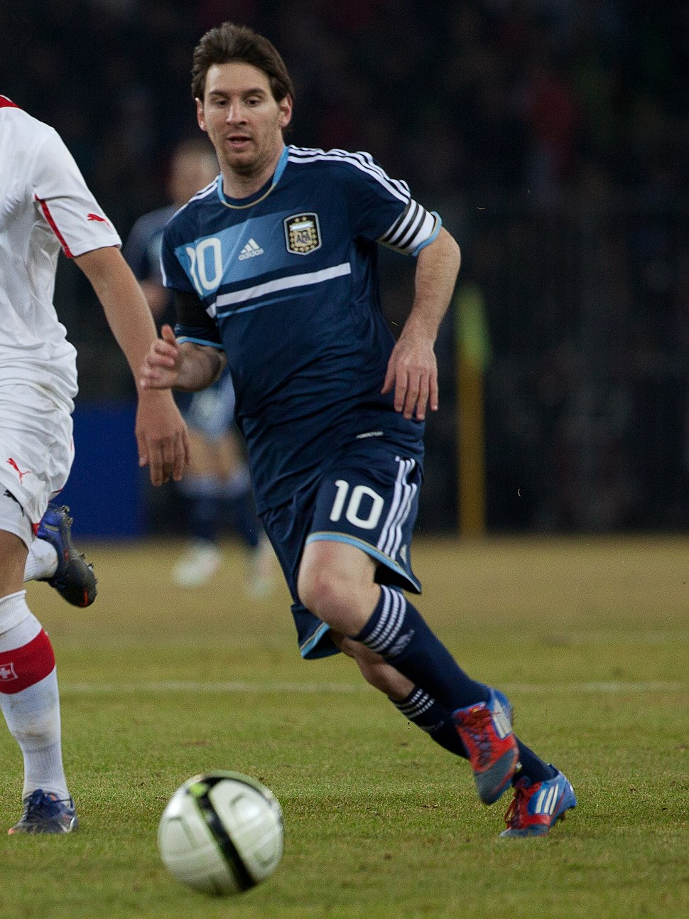 Suisse vs Argentine - Granit Xhaka %26 Lionel Messi crop