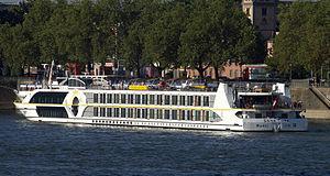 Swiss Tiara (ship, 2006) 006.jpg