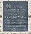 Tablica Anna Jakubowska kamienica Pod Gryfami 2017.jpg