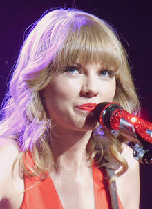 Taylor Swift Red Tour 2013 (Straighten Colors 2).jpg