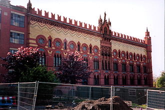 Calton, Glasgow - The former Templeton's Carpet Factory in the Calton, designed to resemble the Doge's Palace in Venice. Photo taken 2004.