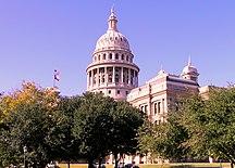Texas-Architettura-Texas State Capitol building-oblique view
