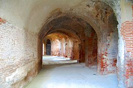 The Amphitheatre of Santa Maria Capua Vetere 005.jpg