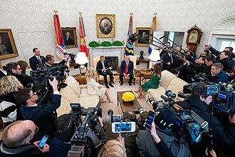 White House press corps - Photographers and videographers in the Oval Office in 2019