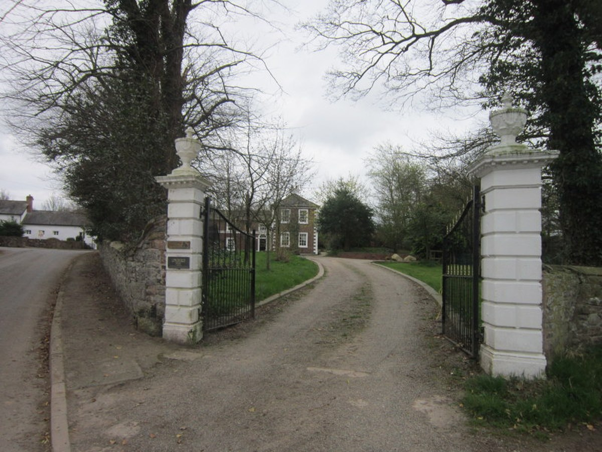 The entrance to Longburgh Pool (geograph 2884889).jpg