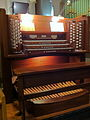 The organ console in St. Barnabas Cathedral, Nottingham.jpg