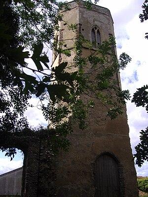 Edgefield, Norfolk - Image: The ruines of Saint peter and Saint paul's Church, Edgefield, 3rd September 2008 (2)