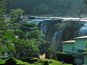Tirparappu Waterfalls - Image: Thriparappu falls
