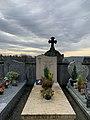 Tombe du Docteur Henri Prémillieu (Diên-Biên-Phu) au cimetière de Belley.jpg