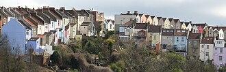 Totterdown, Bristol - Image: Totterdown houses, from Albert Road railway bridge