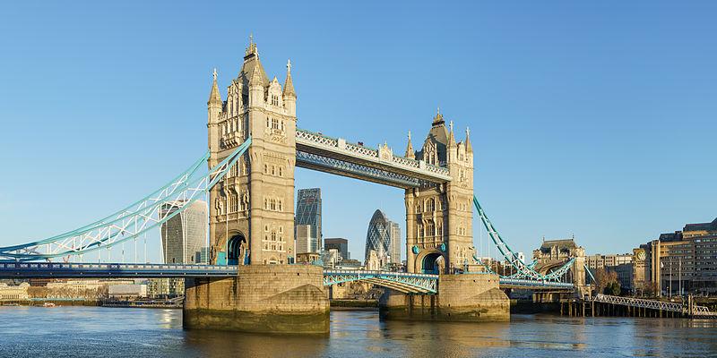 File:Tower Bridge from Shad Thames.jpg