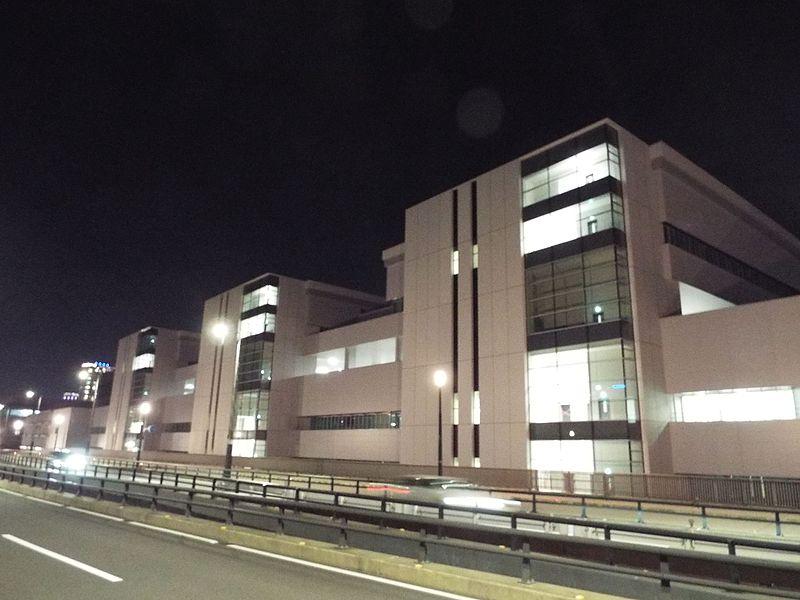 File:Toyosu fish market under construction.jpg