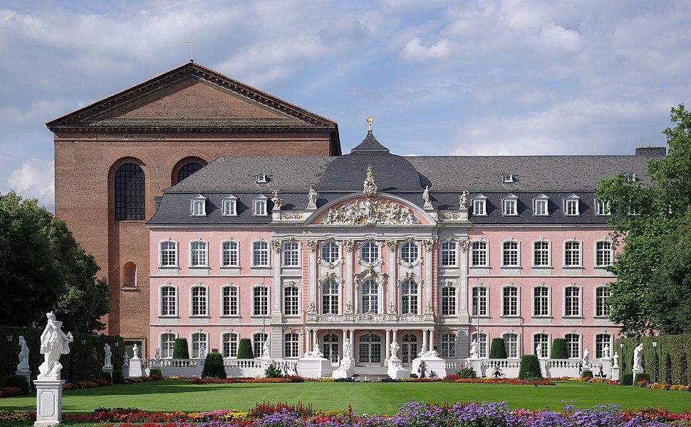 Trier Kurfuerstliches Palais BW 1