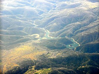Tumut Hydroelectric Power Station - An aerial photo of Tumut Pondage and dam, 2009.