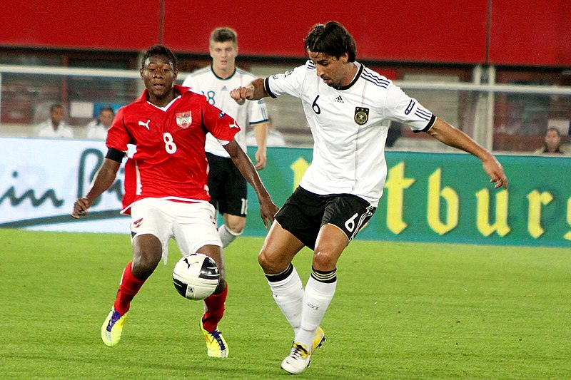 File:UEFA Euro 2012 qualifying - Austria vs Germany 2011-06-03 (10).jpg