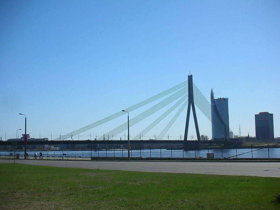 Vanšu tilts no Eksporta ielas