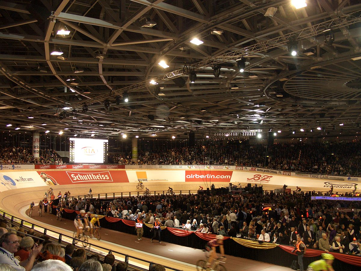 Velodrom wikip dia for Interieur 51 berlin