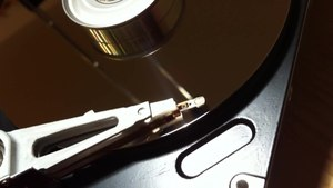 File:Video of a Harddisk in action.ogv