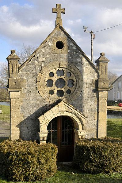 """Chapelle """"naufragantum portus"""" près de l'écluse à Vilosnes-Haraumont"""
