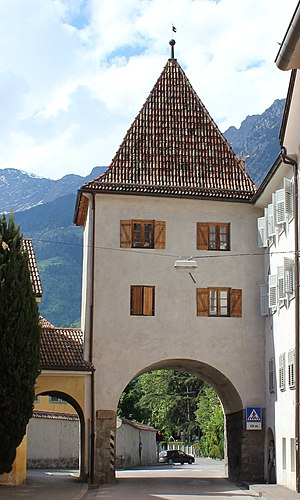 Gates of Meran - The Vinschgauer Tor lies in the west of the old town