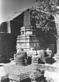 Votive Stupas at Nalanda.jpg