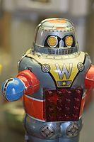 W Robot (25436330935).jpg