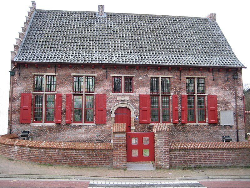 Vierschaar, old courthouse in the Belgian town Wachtebeke, north facade article: nl.wikipedia.org/wiki/Vierschaar_(Wachtebeke)