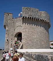 Walls of Dubrovnik-13.jpg