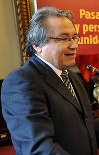 Walter Albán.jpg