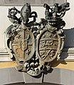 Wappen am Mollner Pfarrhof.jpg