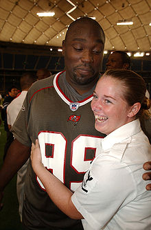 buy popular de38d 641e0 Warren Sapp - Wikipedia