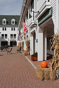 Waterville Valley Town Square, Village Rd, New Hampshire - panoramio (2).jpg