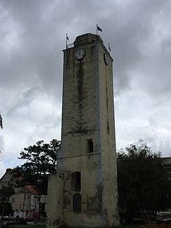 Wieża ratuszowa w Bierutowie - październik 2017