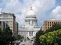 Wisconsin State Capitol - panoramio (4).jpg