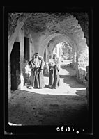 Women of Bethlehem in typical setting in their native home with many arches LOC matpc.18971.jpg