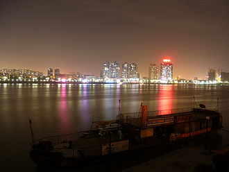 Xiangyang - Overlooking Fancheng District from Xiangcheng District on the other side of the Han River.