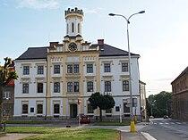 Česká Skalice, budova na náměstí.jpg