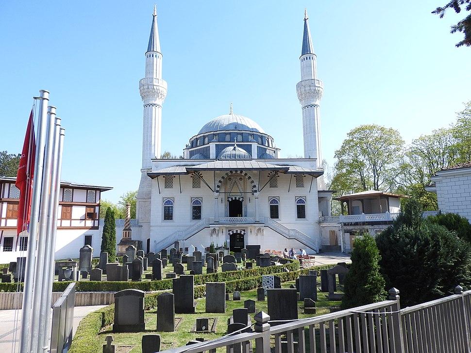Şehitlik mosque Berlin by ZUFAr