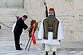 Ο ΥΠΕΞ Ν. Δένδιας στην κατάθεση στεφάνου στο μνημείο του Άγνωστου Στρατιώτη από τον Πρόεδρο της Κίνας Xi Jinping (49048969478).jpg