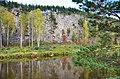 Вид на Шайтан-камень с противоположного берега.jpg