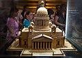 Деревянная модель Исаакиевского собора.jpg
