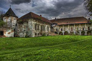 Pomoriany Castle - The ruins of Pomoriany Castle.