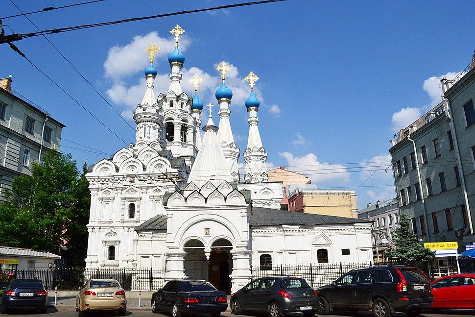 Церковь Рождества Пресвятой Богородицы в Путинках, фото 2.