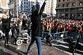 'Voluntarios por Madrid', flashmob multitudinario y nuevo chaleco por el Día Internacional del Voluntariado 2017 01.jpg