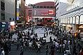 新宿コマ劇場前広場 Jun 16, 2007.jpg